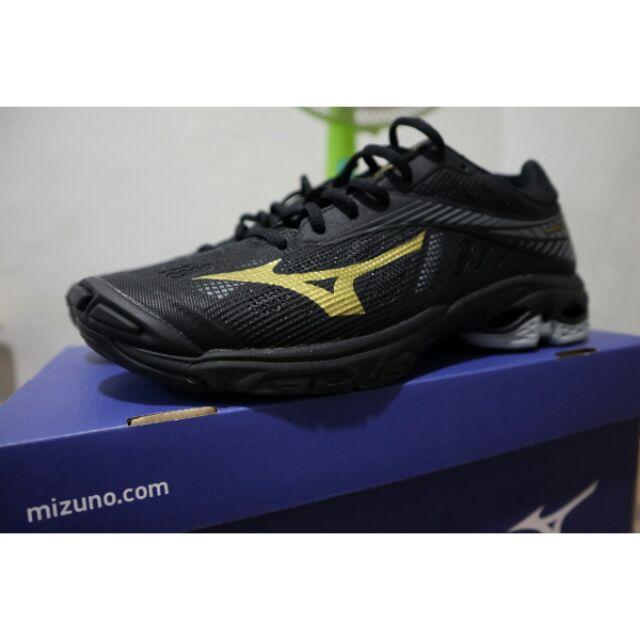 รองเท้าวอลเลย์บอล Mizuno Lighting Z4 (แท้ 100%)