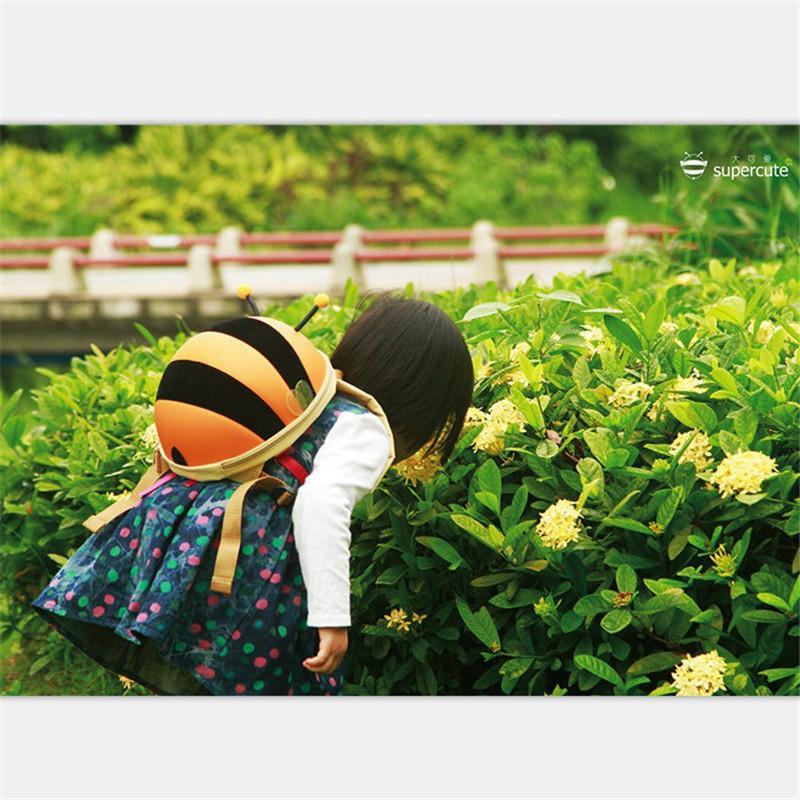 กระเป๋าเป้สะพายหลังลายผึ้งน่ารัก anello กระเป๋าสะพายข้าง coach พอ กระเป๋า sanrio gucci marmont gucci dionysus bag วินเทจ
