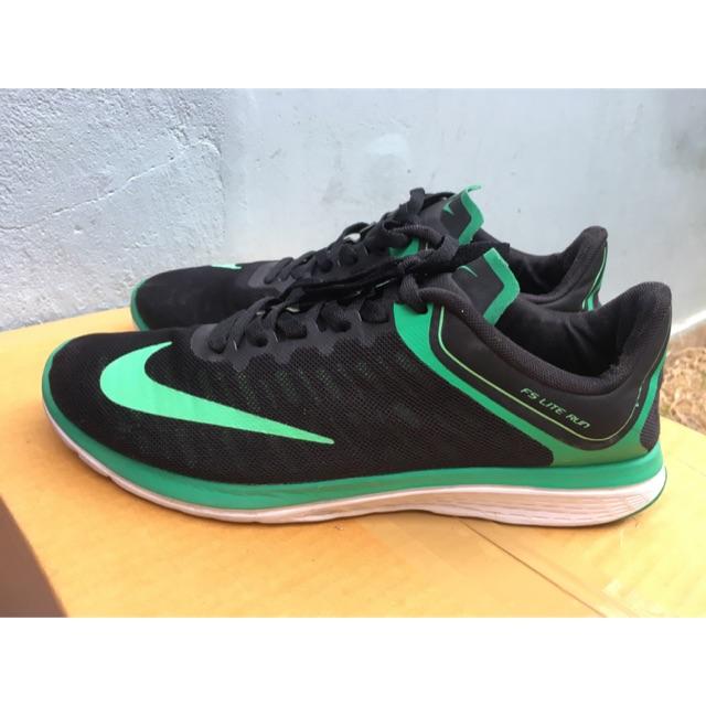 รองเท้าวิ่ง Nike FS Lite Run 4 มือสอง ของแท้ ขนาด 43 ยาว 27.5 ซม