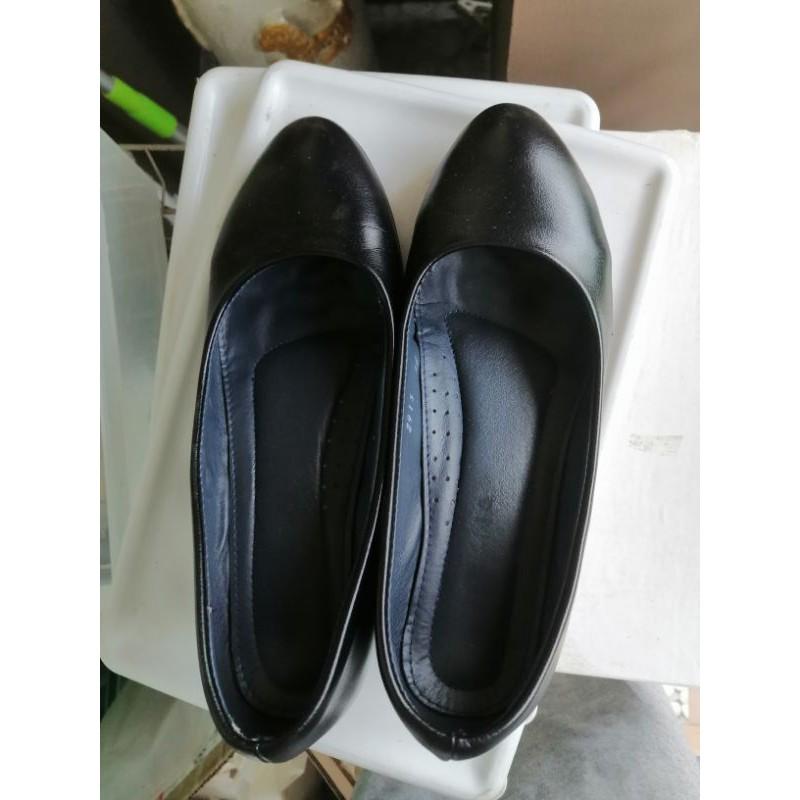 รองเท้าคัชชูทำงาน สีดำ
