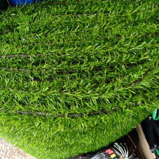 หญ้าเทียมกว้าง2ยาว1เมตรแต่หญ้าสวยสูง2เมตรแบ่งขาย