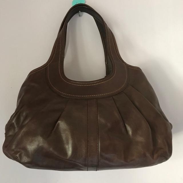 *ส่งฟรีลทบ* กระเป๋าสะพาย Coach มือสอง สีน้ำตาล หนังยังเงาสวย ตำหนิเปื้อนผ้าบุด้านใน #coach#กระเป๋ามือสอง#coachแท้