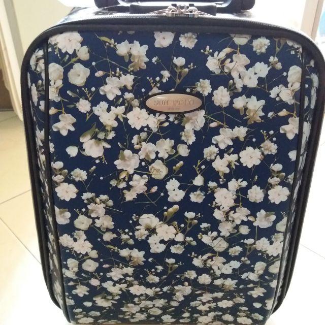 กระเป๋าเดินทางล้อลาก 16  นิ้ว