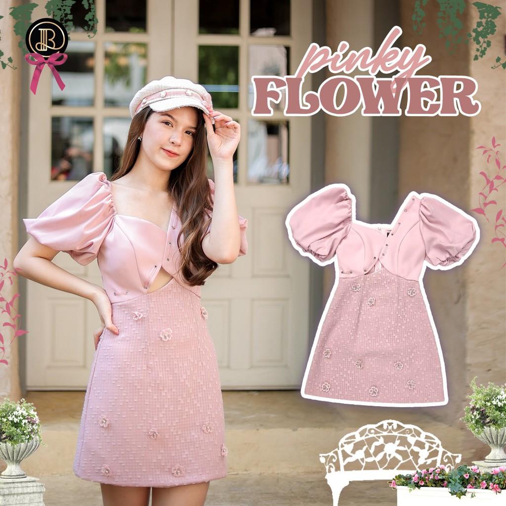 BLT BRAND การันตีเสื้อผ้าแบรนด์แท้ มินิเดรส สีชมพูแขนตุ๊กตา เว้าท้องเล็กน้อย PINKY FLOWER เหลือ Size XS