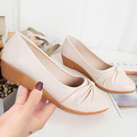 รองเท้าหัวแหลม❤️รองเท้าโลฟเฟอร์❤️รองเท้าส้นแบน รองเท้าแฟชั่น รองเท้าผู้หญิงรองเท้าคัชชูผู้หญิงหุ้มส้น  มาใหม่ นิ่มมากไม่