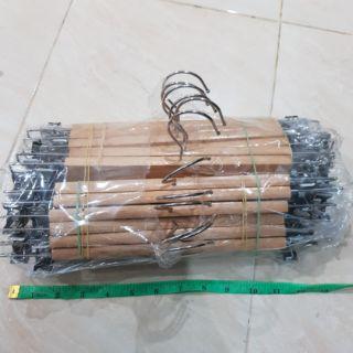 (เก็บเงินปลายทาง)ไม้แขวนเสื้อไม้หนีบกระโปรง13นิ้วพรีเมี่ยมยกโหล