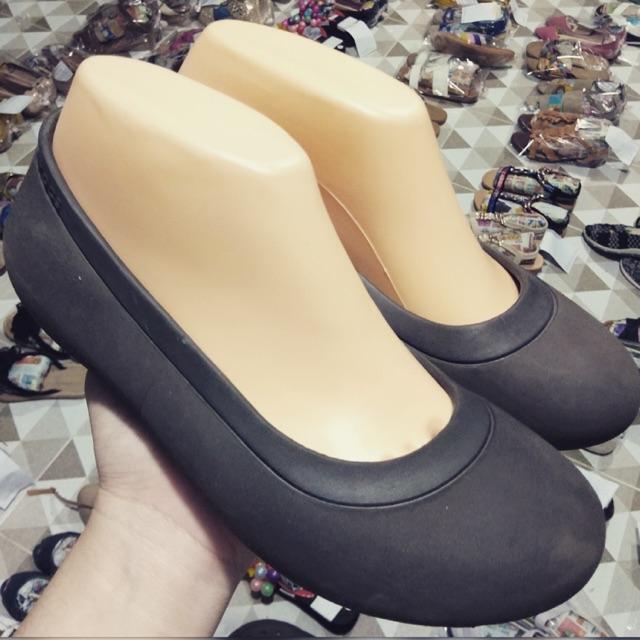 Crocs แท้ W6🍂🌺สวยมาก เบอร์ 37🌺🍂