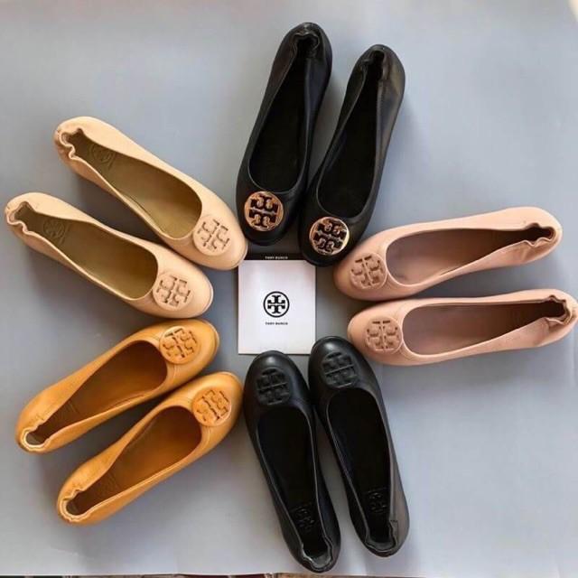 การซื้อของแท้】TORY BURCH BALLET FLAT SHOES รองเท้าคัชชู แบรนด์เนม หนังแท้💯%
