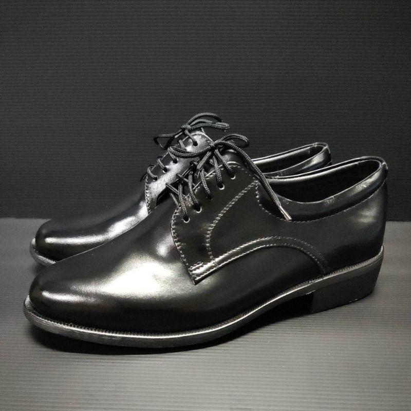 ???รองเท้าคัดชูรองเท้าหนังขัดเเบบผูกเชือก 5 รู หนังเเท้100%ถูกต้องตามระเบียบตำรวจทหาร