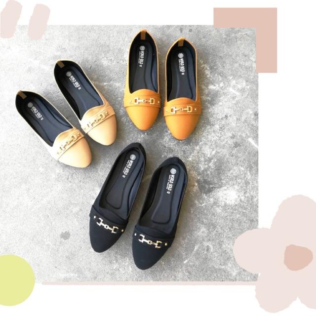รองเท้าไซต์ใหญ่41-44✨รองเท้าผู้หญิงคัชชูหัวแหลม พร้อมส่ง ทักแชทเพื่อสั่งซื้อ〰️💜