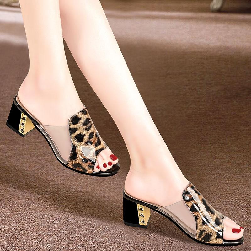รองเท้าส้นสูง หัวแหลม ส้นเข็ม ใส่สบาย New Fshion รองเท้าคัชชูหัวแหลม  รองเท้าแฟชั่นรองเท้าแตะแบบใหม่ผู้หญิงสวมรองเท้าสตร