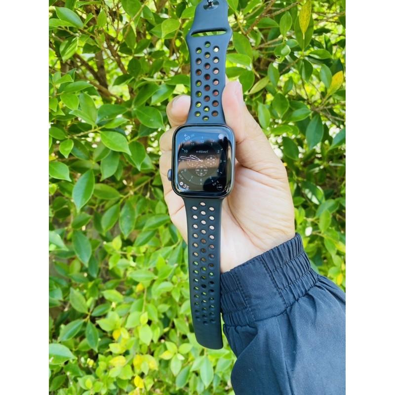 ขาย apple watch series 5 gps Nike  ขนาด  44mm สี space gray  อุปกรณ์ครบ สภาพสวย