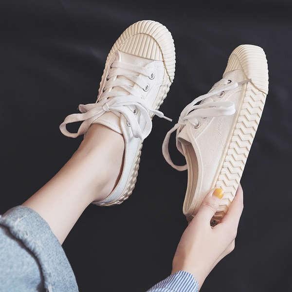 รองเท้าคัชชูเปิดส้น รองเท้าคัชชูเปิดส้นผู้หญิง รองเท้าเด็ก 2020 ใหม่ป่า Ulzzang รองเท้าผ้าใบผู้หญิงฤดูร้อนครึ่งลากรองเท้