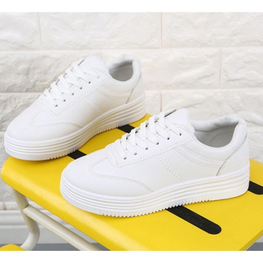 รองเท้าผ้าใบขาวล้วนเสริมส้น หนังนิ่ม ทรงน่ารัก แฟชั่นเกาหลี ใส่ได้ทุกแนว เบอร์ 35-40