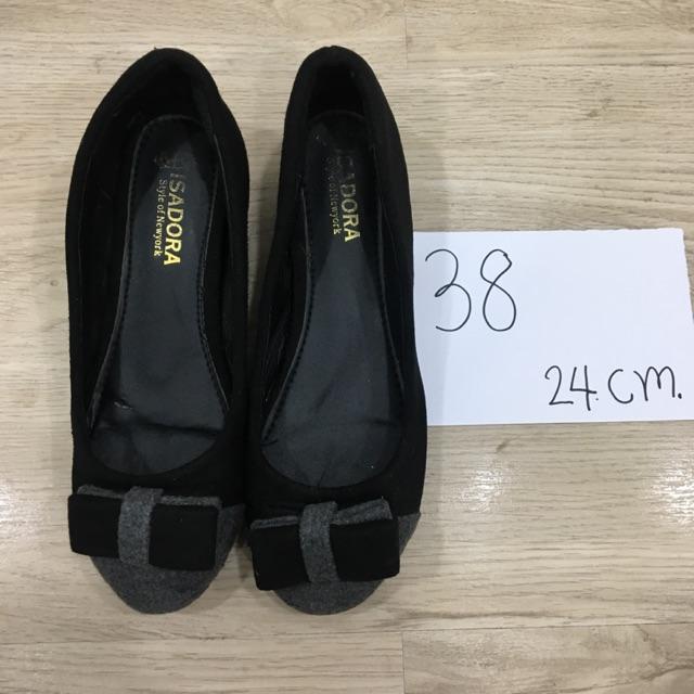 รองเท้าคัชชูผู้หญิงมือสอง