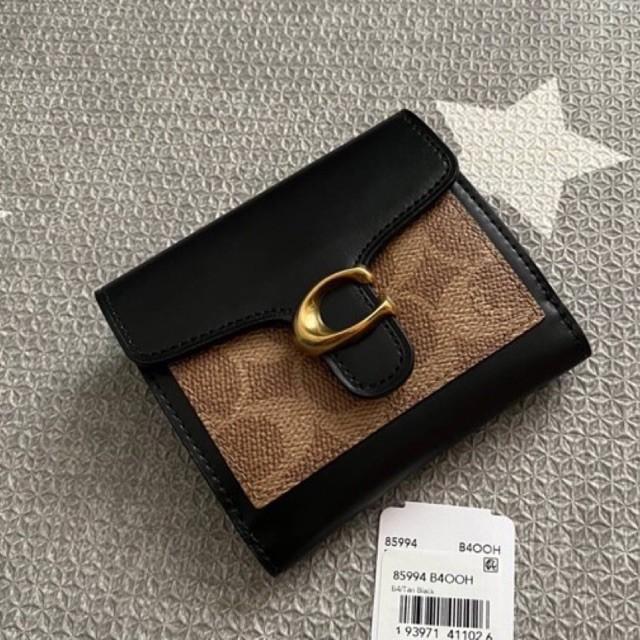 (ผ่อน0%) กระเป๋าสตางค์ ใบสั้น ใบเล็ก งานshop ลายซี สีดำ COACH  85994 Tabby Small Wallet In Colorblock Signature Canvas