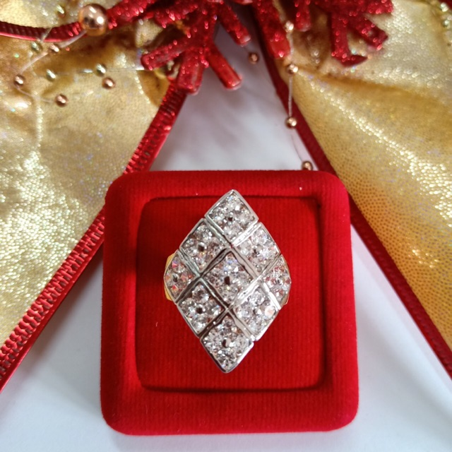 แหวน เพชร cz ลายตาราง ชุบทองไมครอน และทองคำขาว ราคาพิเศษ