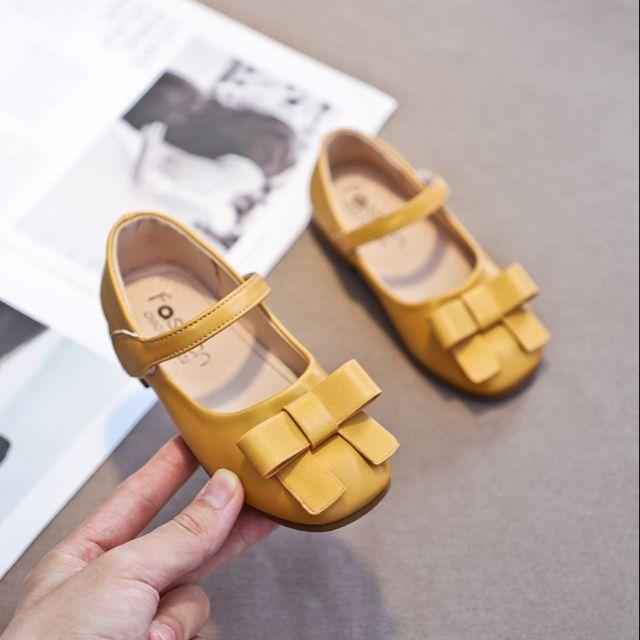 รองเท้าเด็ก คัชชูนิ่มมาก หน้าโบสีมัสตาร์ด สีเหลือง หนังนิ่ม