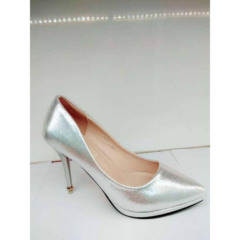 รองเท้าคัชชูส้นสูง 4นิ้ว หัวแหลม ปลายส้นมีโลหะสีทองตกแต่ง 18-5184 พร้อมส่ง