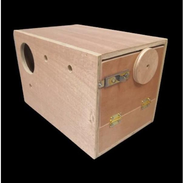 กล่องนกเลิฟเบิร์ด กล่องเพาะนก เลิฟเบิร์ด บ้านกไม้