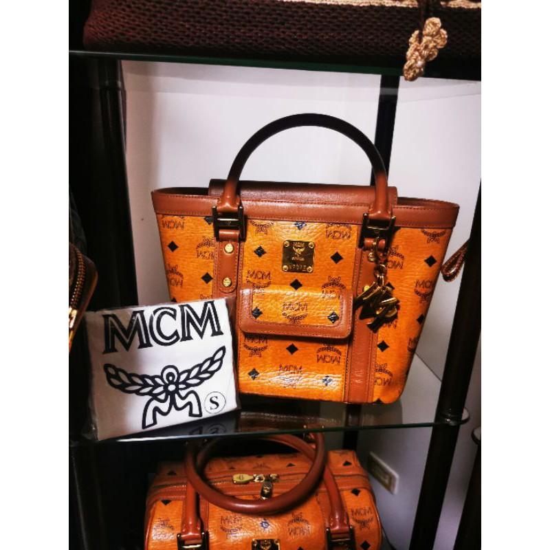 💳ผ่อนได้0%10เดือนค่ะกระเป๋ามือ2ของแท้ mcmถัง ออริ Size Sมาพร้อมถุงผ้าการ์ดเปล่าพวงทอง.MCMราคา7,590 บาท