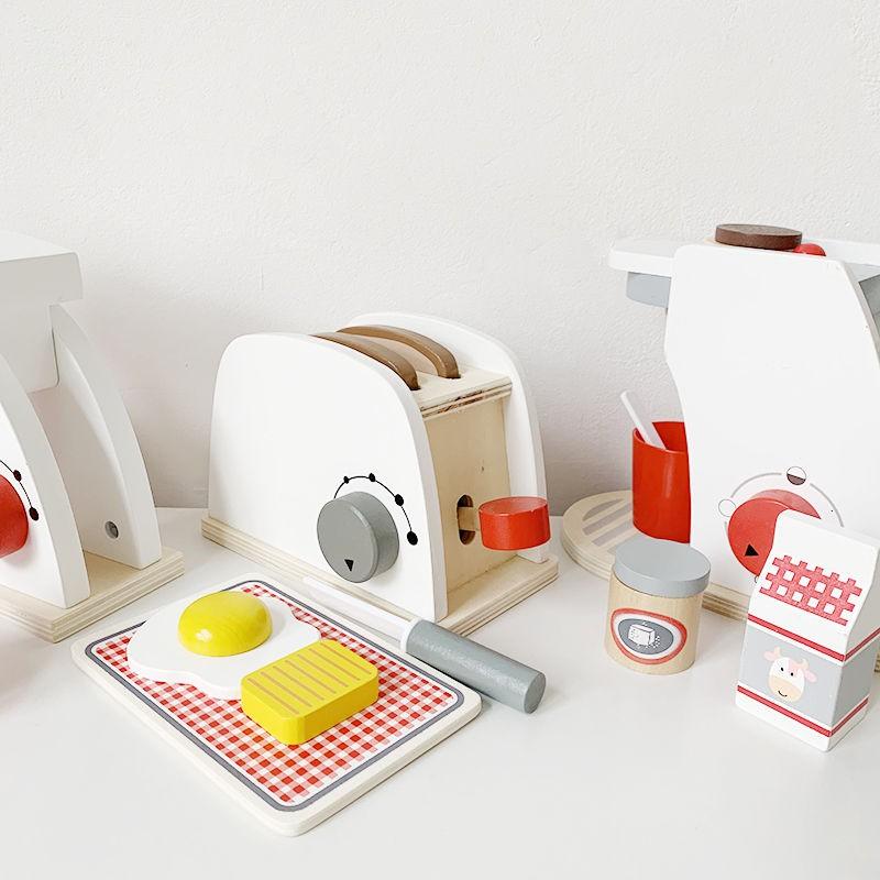 โรงละครเด็กฝรั่งเศสดั้งเดิมของเล่นครัวเครื่องทำขนมปังเครื่องชงกาแฟผสมไม้เนื้อแข็ง อาหารเช้าลูกสาว