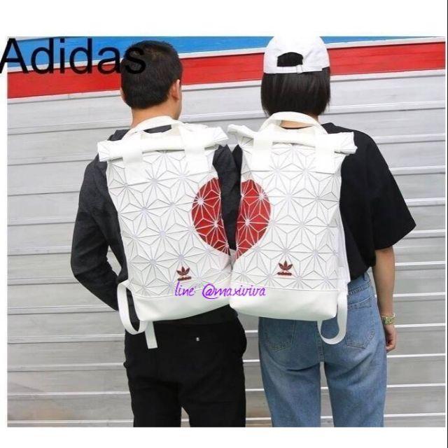 ติดต่อร้านก่อนสั่งซื้อAdidas Roll Top 3D Backpack Outlet Collection Y2018ค่ะ