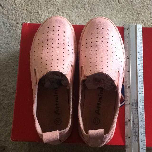 รองเท้าคัชชูเด็กสีส้มใส่สบาย