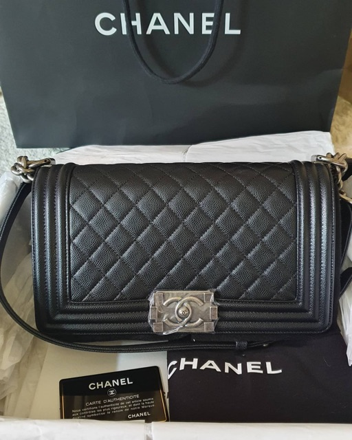 "Like New Chanel Boy10"" GHW holo27xxxxxx"