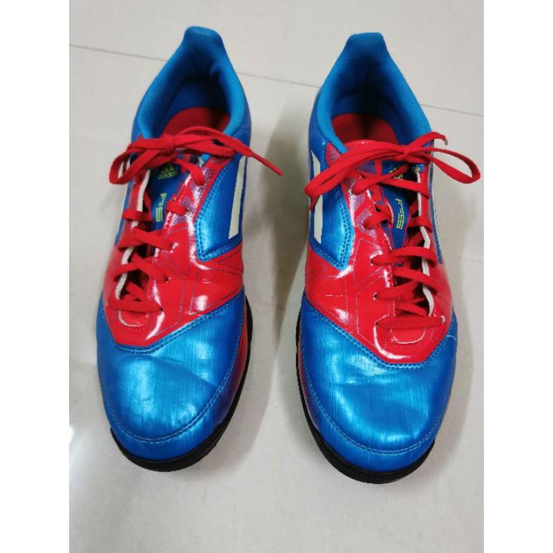รองเท้าฟุตบอล adidas size 44 มือสอง