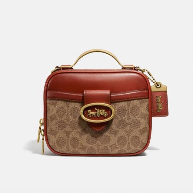 กระเป๋าสะพายข้าง Coach แท้💯 (พร้อมส่ง) ส่งฟรี Coach Riley Lunchbox Bag 93846/703