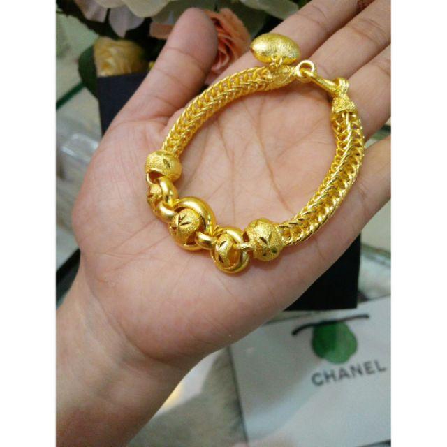 สร้อยข้อมือ ลายกระดูกงู นน. 3 บาท งานเคลือบทองสีไม่เข้ม สีเหมือนทองแท้มากๆค่า เหมาะกับใส่ออกงานมากๆค่า ราคาเพียง 690 บาท