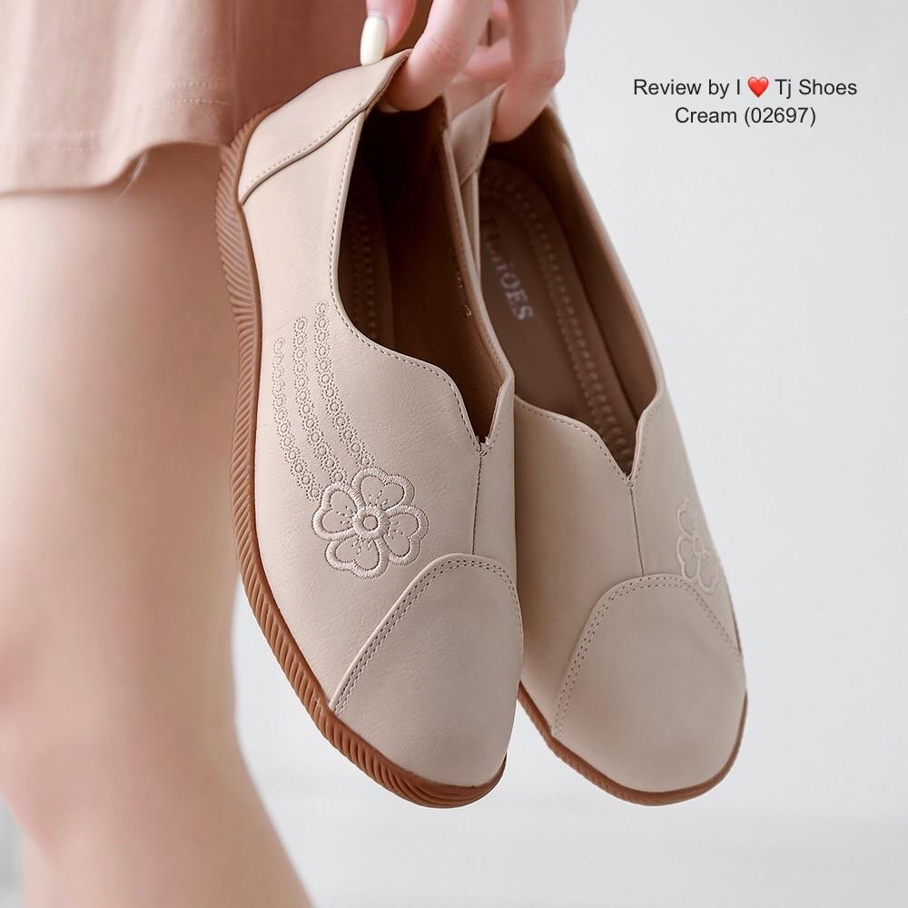 รองเท้าเพื่อสุขภาพคัชชูดอกด้านข้าง  02697