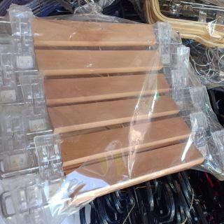 ไม้แขวนเสื้อ12นิ้วไม้ญี่ปุ่นรุ่นใหม่กิ๊บพลาสติก