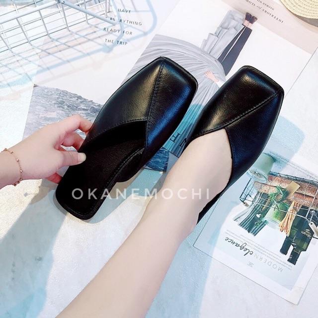 รองเท้าคัชชูเปิดส้น สีดำ