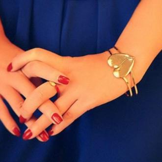 สร้อยข้อมือ กุหลาบทอง รูปหัวใจผู้หญิงเครื่องประดับแฟชั่นดูดีคุ้มค่าสมกับราคา