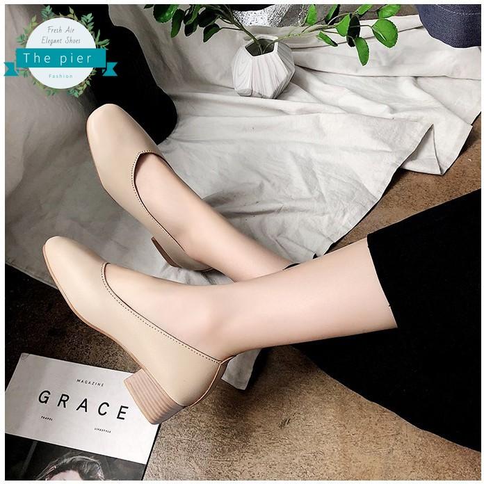 แฟชั่น รองเท้าหนังนิ่ม ใส่สบาย รองเท้าคัชชู เสริมส้นสูง 1.2นิ้ว รองเท้าส้นลายไม้ T127