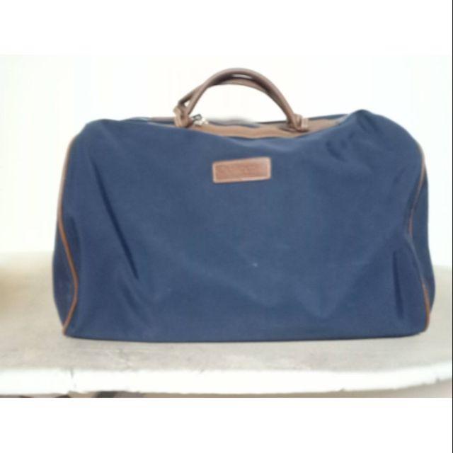 กระเป๋าเดินทางมือสอง