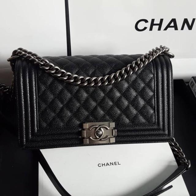 "Chanel boy 10"" caviar original import"