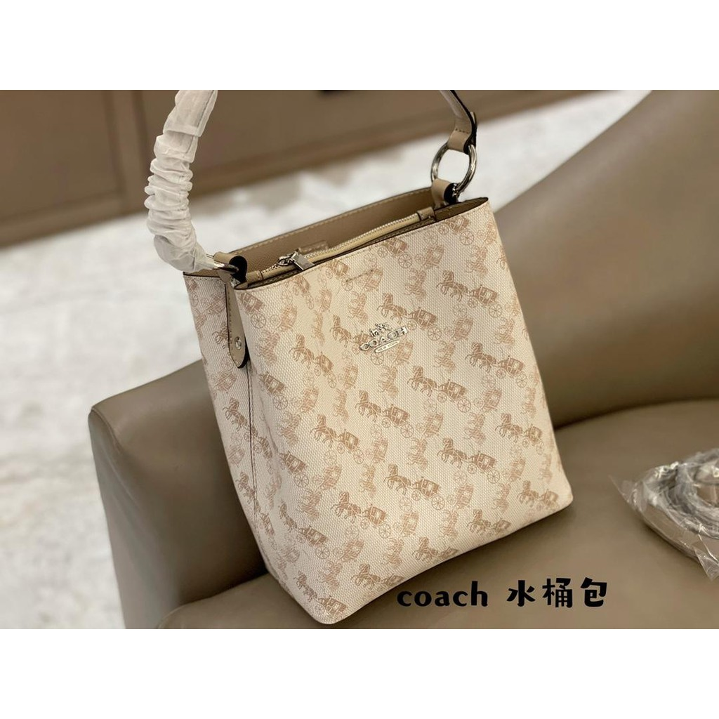 Coach Bucket Bag Handbag Fashion Bag Diagonal Bag กระเป๋าสะพายข้าง