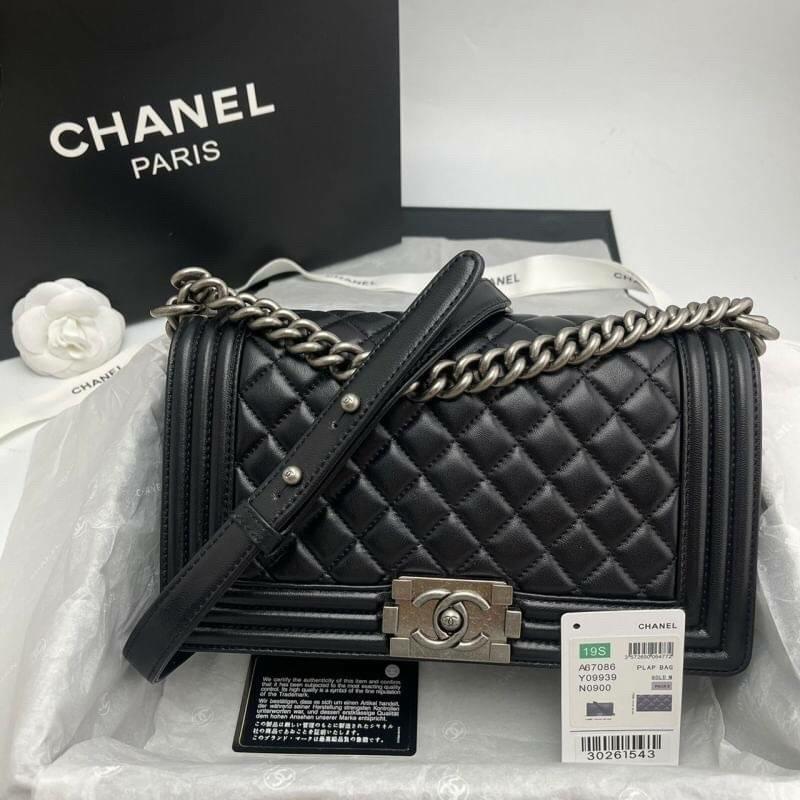 Chanel Boy Bag สินค้าพร้อมส่ง