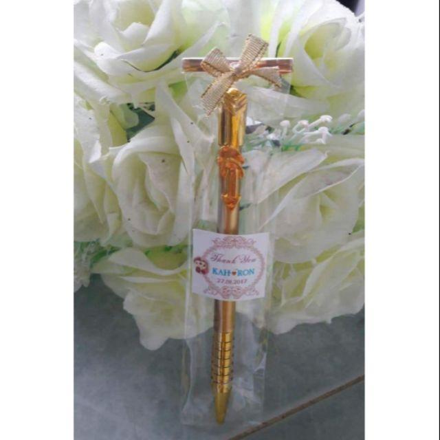 ปากกาทองของชำร่วย 1 แพ็ค 100 ชิ้น ราคา 530 บาท