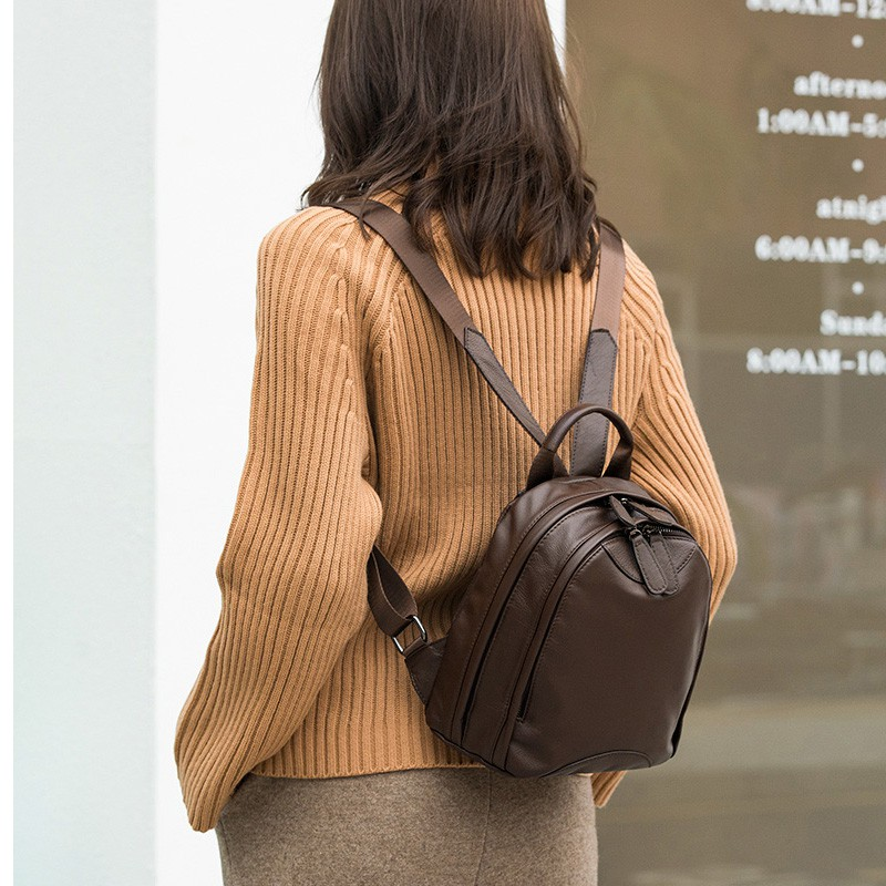 กระเป๋าเป้หนังหญิง 2021 แฟชั่นใหม่และอเนกประสงค์ชั้นหนึ่งหนังวัวหลายช่องเดินทางพักผ่อนกระเป๋าเป้ใบเล็กหนังนุ่ม