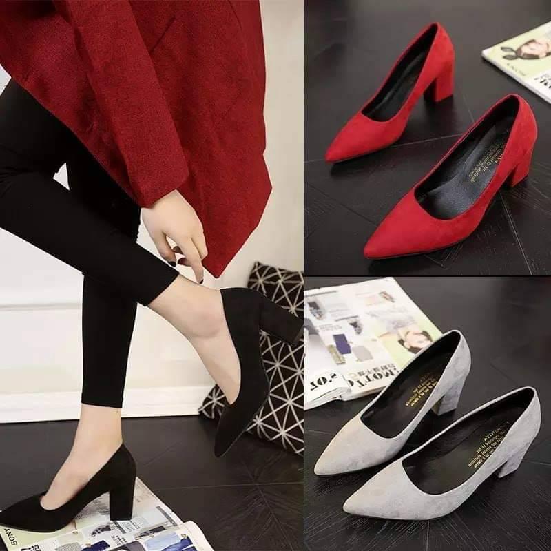✨✨ คัชชูหัวแหลมส้นสูงผู้หญิง รองเท้าส้นสูงแฟชั่นขายดี รองเท้าคัชชูส้นสูง 3 นิ้ว สีเทา / สีดำ สีแดง