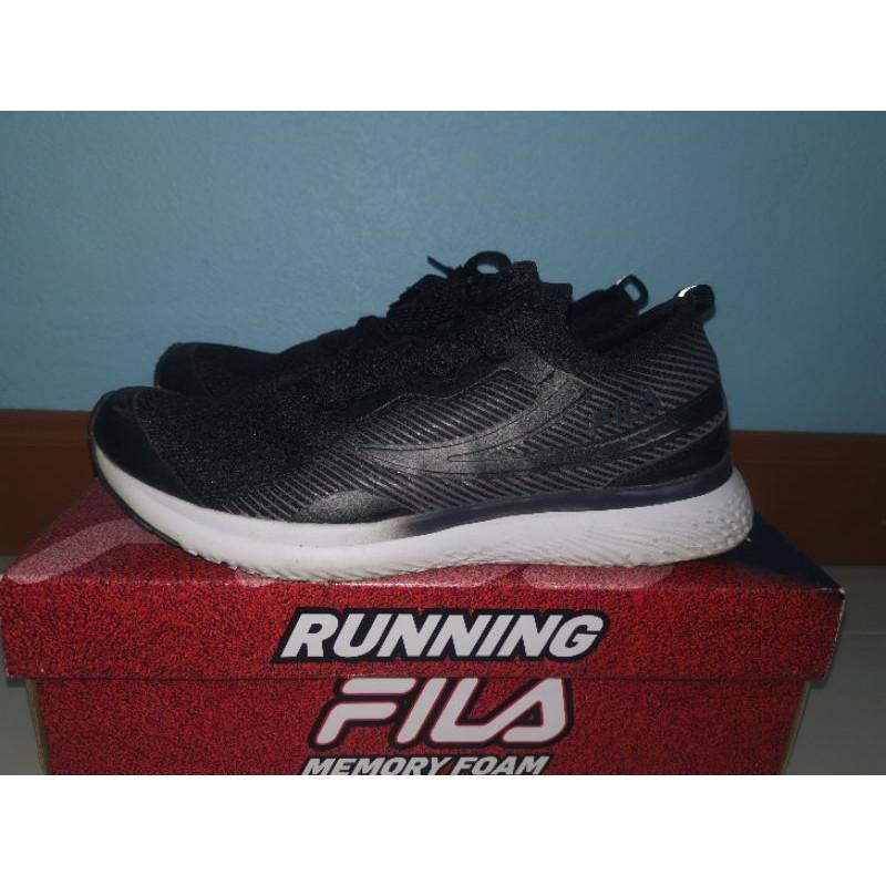 รองเท้าวิ่ง FILA RUNNUNG