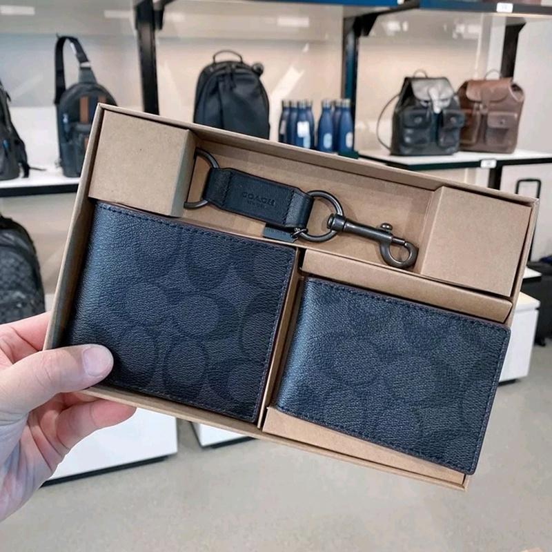✁♕กระเป๋าเงิน Coach/Coach กระเป๋าสตางค์ใบสั้นผู้ชาย กระเป๋าใส่บัตร cowhide wallet กระเป๋าใส่เหรียญ พวงกุญแจ กล่องของขวัญ
