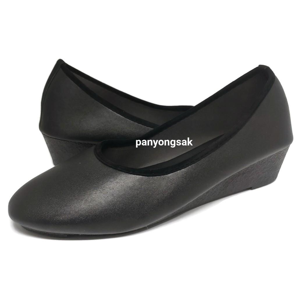 iluรองเท้าคัชชู ส้นสูง 1.5 นิ้ว รุ่น AJ711 size 36-41 ดำหนัง ดำกำมะหยี่ IH2E