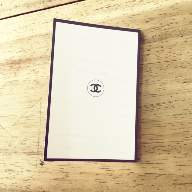 ขายบัตรแต่งหน้า chanel