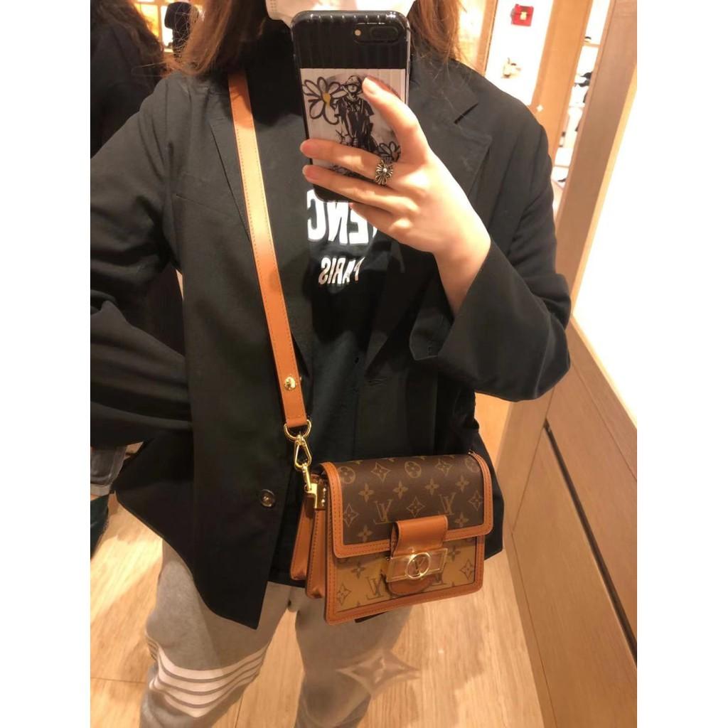 ▣◍ กระเป๋ากระเป๋าเดินทาง ซื้อกระเป๋าสตรี Lv/Louis Vuitton Dauphine กระเป๋าสะพายข้าง Daphine กระเป๋าสะพายไหล่ย้อนยุค m445