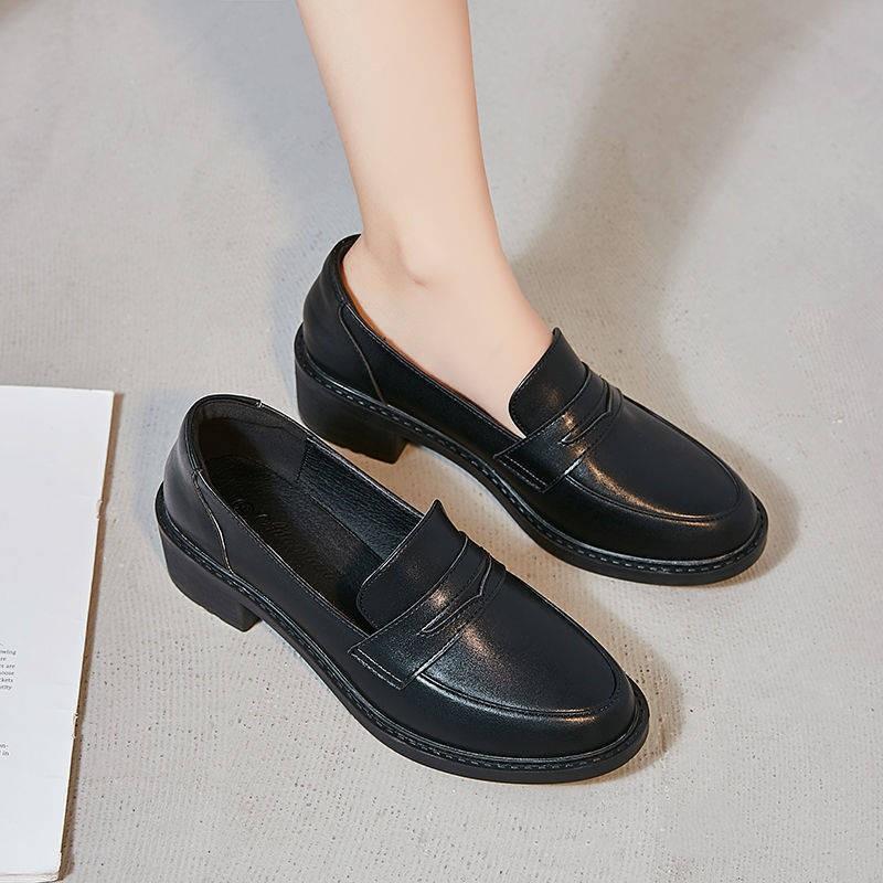 รองเท้าคัชชู รองเท้าผู้หญิง ✼ที่แท้จริงรองเท้าหนังนิ่มหญิง 2021 ฤดูใบไม้ผลิอังกฤษสีดำแบนรองเท้าสุทธิสีแดงเท้าเล็บเท้ารอง
